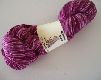 Silky Merino Lace - laceweight semi-solid yarn. 100gm Antique Violet