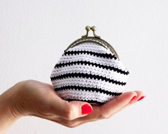 Crochet coin purse, striped coin purse, kiss lock coin purse, the Black Stripe Keeper, in black and white