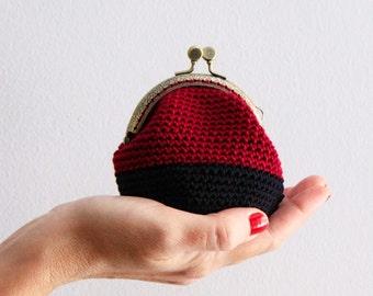 Crochet coin purse, kiss lock coin purse, color block coin purse, the Burgundy Keeper, in burgundy and black