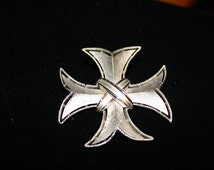 Trifari Silver Toned Maltese Cross Pin/Pendant Combo, Vintage