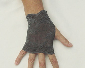 Pewter Lace Gloves  - Gray Lace Fingerless Gloves .