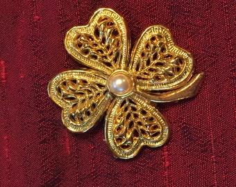 Vintage Four Leaf Clover Pearl and Gold Brooch