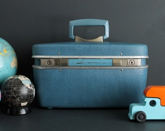 Vintage Train Case Hard Sided Blue Samsonite Safari Makeup Cosmetic Carry On Luggage