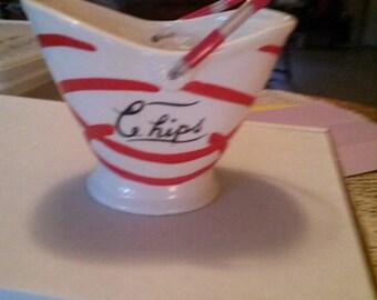 Vintage 1950s Chip Bowl
