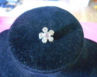 Vintage Ladies Clear Rhinestone Brooch/Pin