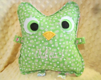 """Owl, stuffed owl, Baby Girl toy, Baby Boy toy, Crinkle Owls, baby girl, baby boy 7"""" or 9"""", custom name on front available"""