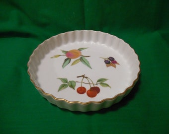 "One (1), 7 3/4"" Quiche Dish, from Royal Worcester, in the Eversham Gold Pattern."