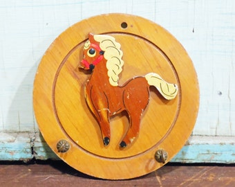 Vintage Pony Key Holder Wooden Wall Plaque with Hooks