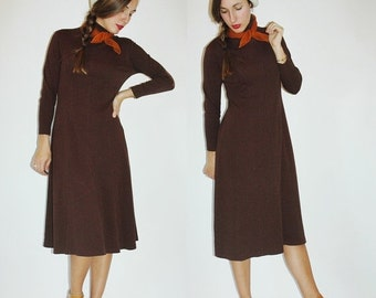 SHOP IS AWAY 1990s Brown Turtleneck Dress
