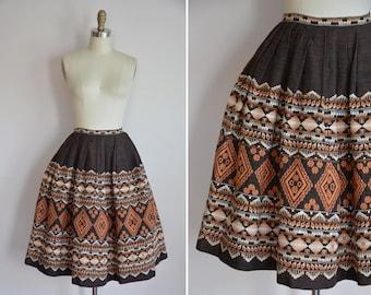 50s Weaver Town skirt / vintage 1950s ethnic skirt/ vintage ethnice embroidered full skirt