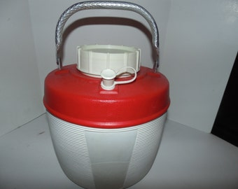 Vintage  Water Cooler Jug thermos 1 gallon Red white Alpine Poloron aluminum handle Vacucel insulated