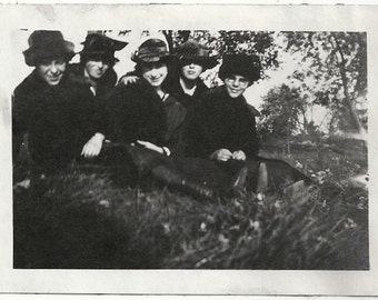 Old Photo Women sitting on the Lawn wearing Coats Hats 1920s Photograph snapshot vintage