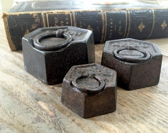 ANTIQUE KILOG WEIGHTS - Iron Scale Weights Circa 1900 England - Hanging Weights - Paper Weights - Set of Three