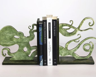 Cthulhu Wood Bookend
