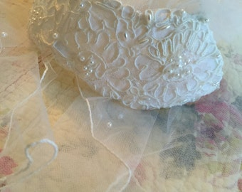 Courthouse Bride Vintage Short Bridal Veil with Seed Pearls