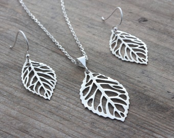 Sterling silver Leaf Necklace - Sterling silver Leaf Sterling silver chain, Sterling Silver filigree leaf Necklace,  By MonyArt.