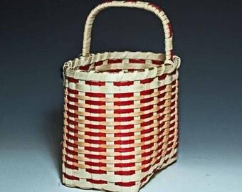 Salem Basket in peach/burgundy