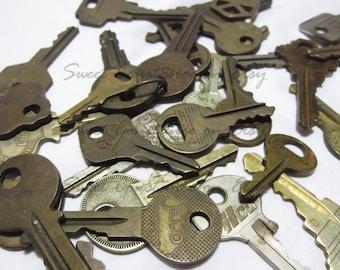 One Lot 33 Vintage Keys // Instant Collection Of Antique Keys // Large Key Lot // Authentic Antique Keys //