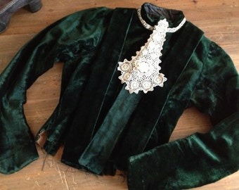 Victorian Green Velvet Childs Jacket Girls Shirt Blouse Lace Collar Size Small
