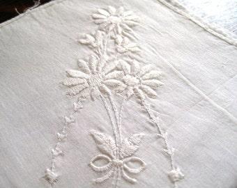 Delicate White on White Floral Hankie, 10 x 10, daisy, Floral handkerchief, Ladies hankie