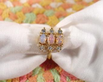 "Avon ""Opaline"" gold tone ring faux opal october birthstone - VIntage 1987"