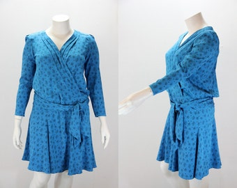 Large Dress 1980s Drop Waist with Cross Over Bust