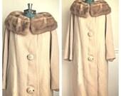 SALE Vintage 1960s Lazarus tan wool coat fur collar / wool trench coat / winter coat / long wool coat / gift for her / secretary  /  medium