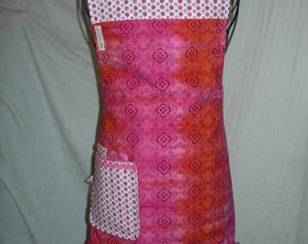 Reversible Apron in Hot Pink to Amber Batik pattern. Youre Hot and Sweet in this little Cutie.....
