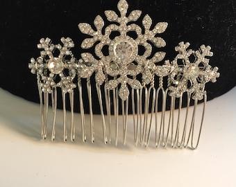 Winter snowflake hair comb Winter wedding hair accessories - Wedding hair comb -  Bridal hair accessories - party headpiece -