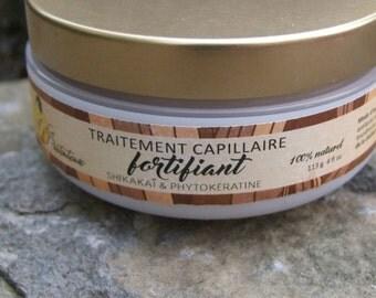 Nourishing and protective phytokeratine, shikakai and ylang ylang hair treatment 100 grams