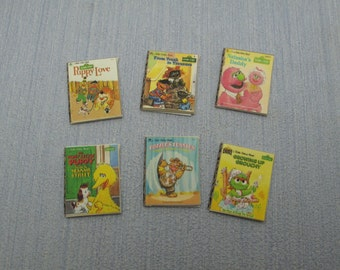 Gaël Miniature decorative 6 shabby chic sesame street  child books, vintage books  1:12 Scale Or 1/6 Scale Dollhouse Miniature playscale