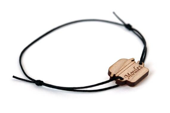 Mussels bracelet - 25 colors - kitsch bangle - customizable jewelry - adjustable length - lasercut wood - nylon thread - offbeat jewelry
