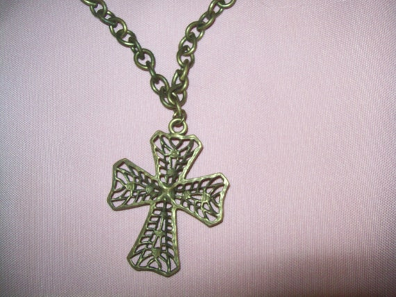 Cross pendant necklace, cross pendant