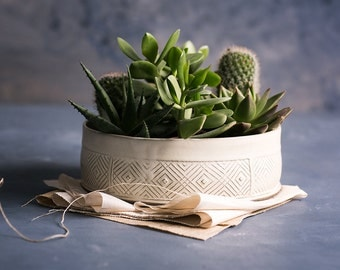 Succulent planter, Ceramic white planter, Plant pot, Large planter, Geometric pattern planter, Ceramic plant pot, Modern pottery planter