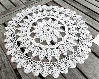 Vintage Doily, White, Round, Cotton, Crocheted, Table Linens, Wedding, Home Decor
