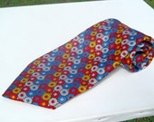 Vintage 1970s Wide Red Yellow and Blue Octagon Pattern Polyester Tie