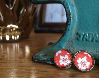 post earrings /// Hawaiian flowers