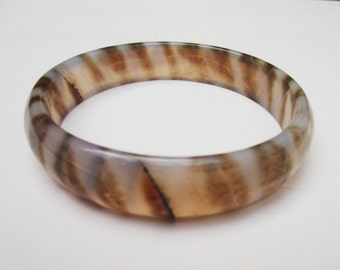 Bangle Carved Brown and Cream Agate Gemstone
