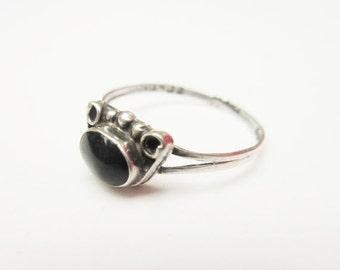 Sterling ring black onyx gemstone beveled silver ring  size 7 1/2