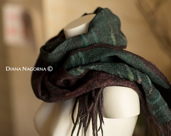 felted scarf, Nuno-felted scarf, Fashion accessory, Shawl, Wool stole , hand made, multicolor,berry, green