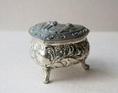 White metal jewelry box Heart shaped box Trinket box Jewellery casket Ring box Proposal ring box Red lined box Valntines gift box