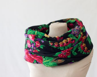 black floral wool scarf, printed endless scarf, Russian infinity scarf, Russian shawl, vintage babushka, black, red and green folk scarf,158