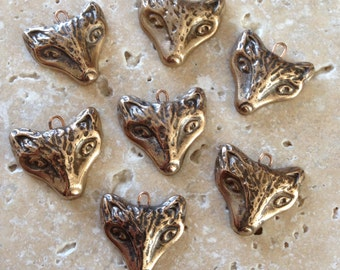 Hand carves bronze fox pendant - original design - 1 pendant