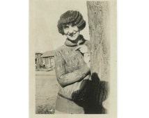 Wavy-Haired Gal & Photographer's Hat Shadow c1920s-30s Vintage Snapshot Photo (61446)