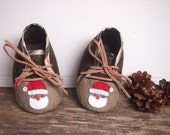 SALE - Baby boy Christmas Shoes, felt shoes, baby boy gift, Baby handmade shoes, Ready to ship
