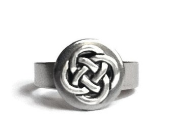 Silver Celtic Knot Ring, Stainless Steel Jewelry, Adjustable Ring, Irish Jewelry for Women, Lightweight, Non Tarnish