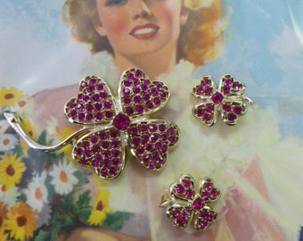 SALE Sarah Coventry 1960's Pink Ice Rhinestone Brooch and Clip On Earring Set