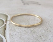 Gold Midi Ring - Hammered - 9ct Yellow Gold