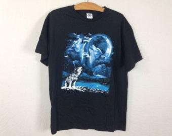 wolf shirt size M/L