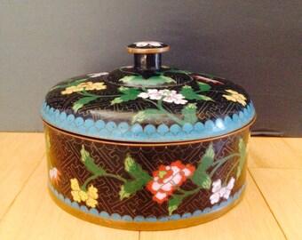 beautiful Chinoiserie enamel box